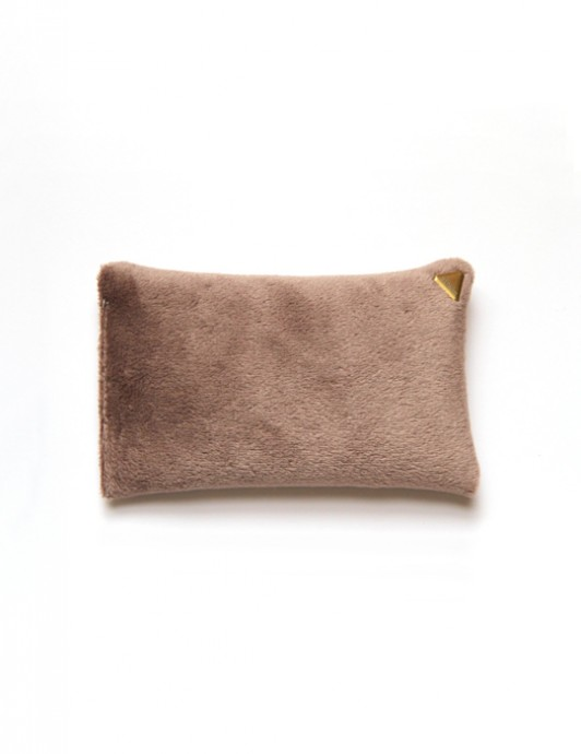 Coussin Chibi small – velours /beige/