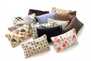 Coussins Chibi small - velours/tissu